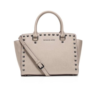 MICHAEL Michael Kors Satchel in Cement
