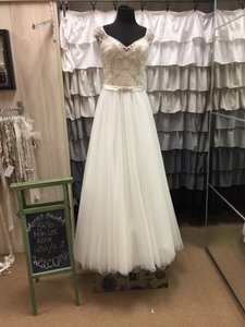Mori Lee 5476 Wedding Dress