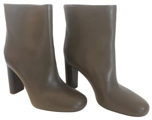 Vince Leather Round Toe Grey Boots