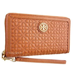 Tory Burch Quilted Leather Phone Case Wristlet in Luggage (Tan Brown)