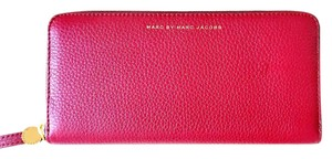 Marc by Marc Jacobs NEW Marc By Marc Jacobs Globetrotter Slim RED leather Wallet