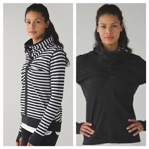 Lululemon Size 8 NWT IN A CINCH LONG SLEEVE TEE * REVERISIBLE *