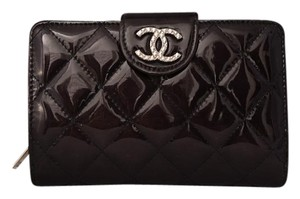 Chanel Dark Metallic Purple Quilted Patent Leather L-Zip Wallet
