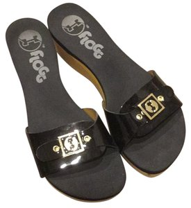Flogg Black Sandals