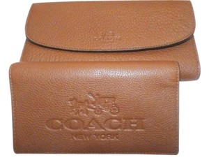 Coach F52715 New COACH PEBBLE LEATHER CHECKBOOK WALLET SADDLE COLOR