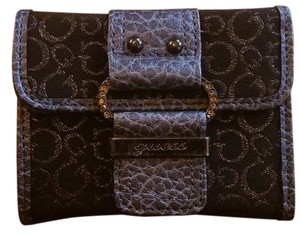 Guess By Marciano NWT Tri-Fold Snap Closure Wallet