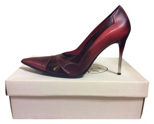 Steve Madden Red Marron WINE Pumps
