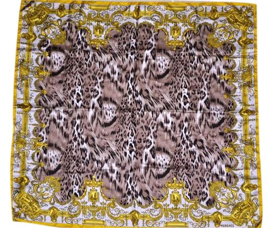 versace versace atelier baroque animal print twill silk scarf 36 italy 59 off retail. Black Bedroom Furniture Sets. Home Design Ideas
