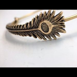 Alex and Ani Alex and Ani peacock bangleNWT