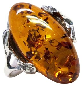 9.2.5 Beautiful oval amber silver ring size 6