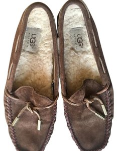 UGG Australia Brown leather Flats