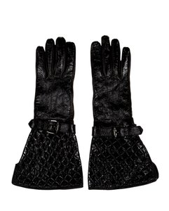 Burberry Black leather Burberry quilted gloves 7.5