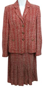 St. John St. John Collection White and Red Knit Skirt Suit 4 6
