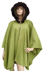 TravelSmith Cape