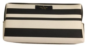 Kate Spade NEW!!! MEDIUM DAVIE COSMETIC BAG