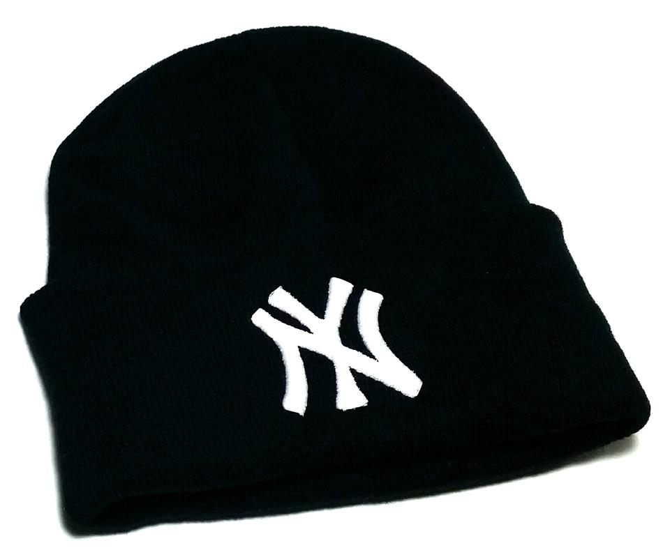e9b509fec61 Solid Wing Solid Wing Black White NY New York Beanie Toque Skully Cuffed Hat  Cap Image ...