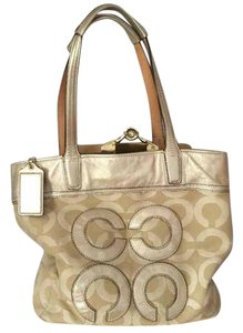 Coach Poppy Glam Tote in Gold tan