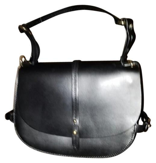 Preload https://img-static.tradesy.com/item/20085662/zara-saddle-black-leather-rigid-satchel-0-1-540-540.jpg
