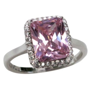 9.2.5 Stunning pink sapphire square cocktail ring size 8