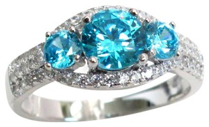 9.2.5 Royal ball aquamarine cocktail ring size 7