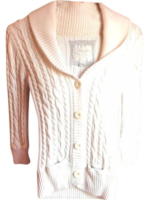 Preload https://img-static.tradesy.com/item/20086905/american-eagle-outfitters-ivorycream-cardigan-size-2-xs-0-1-650-650.jpg