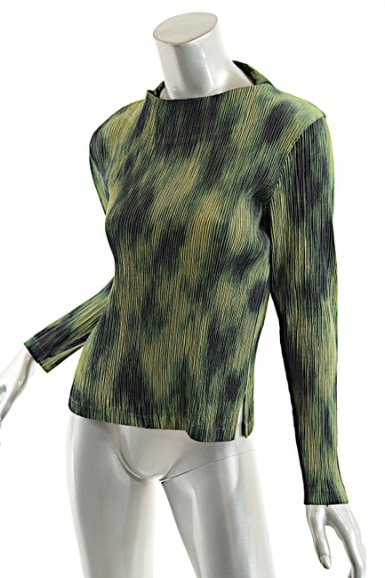 Issey Miyake Top Green-Multi Color Image 2