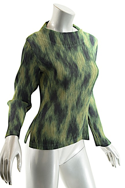 Issey Miyake Top Green-Multi Color Image 3