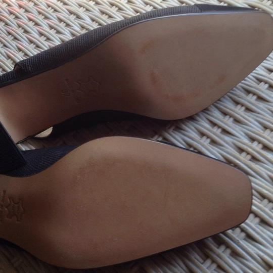 Bottecelli Italy. Charcoal gray with black. Pumps Image 4