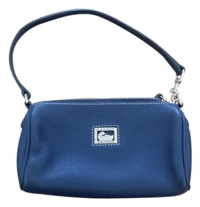 Dooney & Bourke Wristlet in Navy