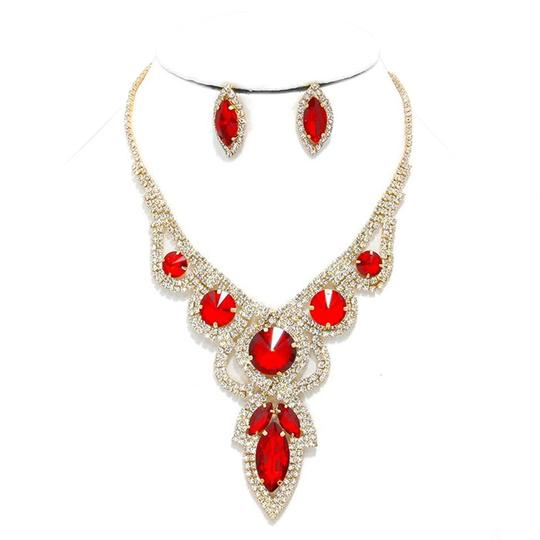 Preload https://img-static.tradesy.com/item/20088305/red-gold-clear-2pc-and-white-round-teardrop-rhinestone-crystal-necklace-0-1-540-540.jpg