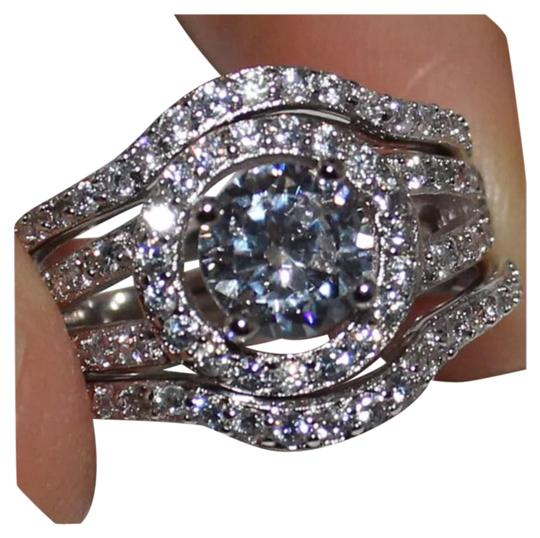 Preload https://img-static.tradesy.com/item/20088734/silver-new-stunning-3pc-3ct-plus-white-topaz-and-cz-925-wedding-set-ring-0-1-540-540.jpg