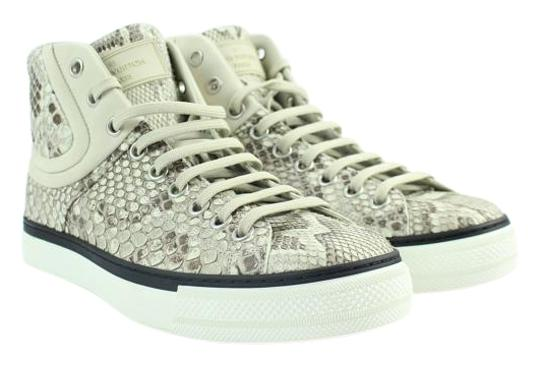 Preload https://img-static.tradesy.com/item/20088768/louis-vuitton-python-high-top-sneaker-25lva1114-sneakers-size-eu-395-approx-us-95-regular-m-b-0-2-540-540.jpg