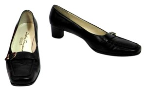 Salvatore Ferragamo Black Leather Gancini Pumps