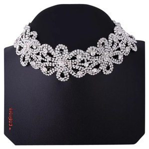 New Crystal and Rhinestone Flower Choker