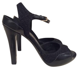 Chanel Stiletto Tweed Classic black Pumps