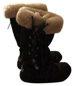 UGG Australia black with fur Boots