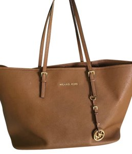 Michael Kors Jetset Leather Luggage Tote in Tan