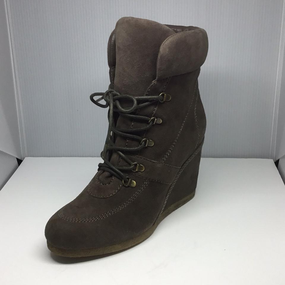 06e06584089 Geox Tan Suede Boots/Booties Size US 7.5 Regular (M, B) - Tradesy