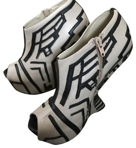 Giuseppe Zanotti Cream with black geometrical black pattern Platforms