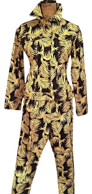 Preload https://img-static.tradesy.com/item/2009029/diane-gilman-yellow-and-black-palm-leaf-print-jacket-and-jeansset-pant-suit-size-0-xs-0-1-650-650.jpg