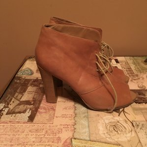 Ann Taylor LOFT Tan/brown Boots