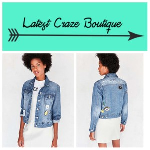 Urban Outfitters Blue Vintage-Wash Womens Jean Jacket