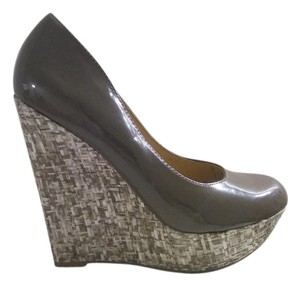 Steve Madden Textured Brown Wedges