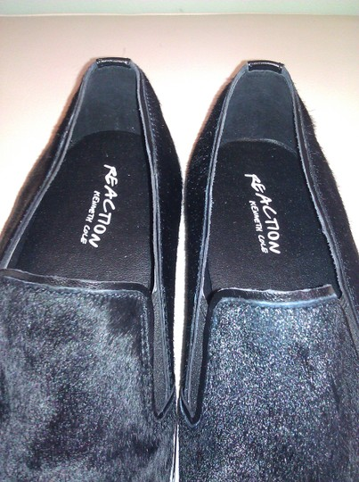 Kenneth Cole Reaction Black Flats