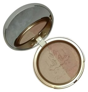 Too Faced Too Faced Candlelight glow highlighter