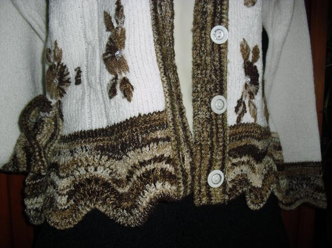 Discovery Sweater Image 3