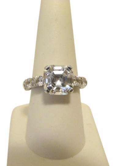 Preload https://img-static.tradesy.com/item/20091881/jean-dousset-925-sterling-silver-766ctw-absolute-asscher-cut-size-8-ring-0-5-540-540.jpg