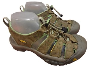 Keen Comfortable BROWN Sandals