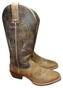 Ariat Comfortable brown Boots