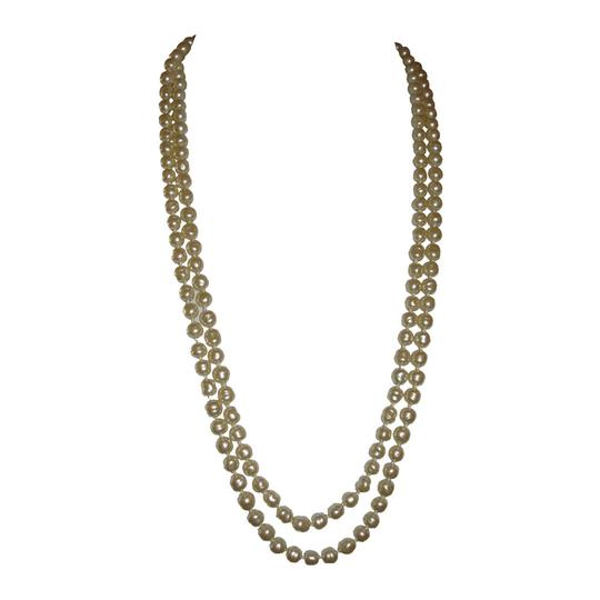 Chanel Chanel Baroque Pearl Flapper Necklace Image 2